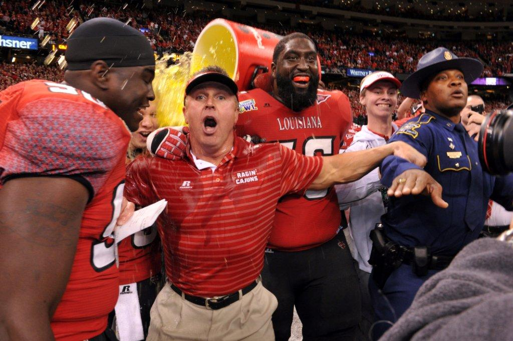R+L Carriers New Orleans Bowl Gatorade Shower